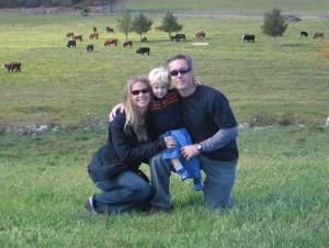 Ben and Jennifer Munguer - Wildlife Busters
